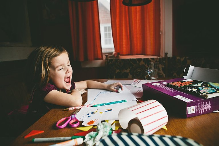 little girl coloring - family documentary photography