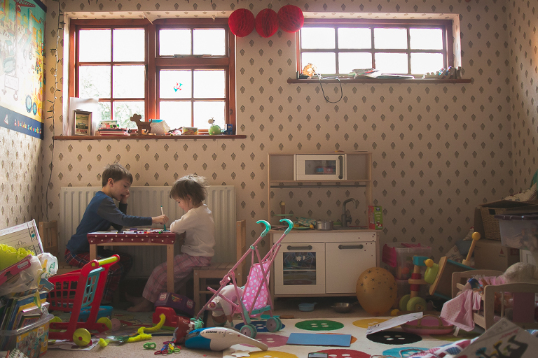 Kids at table in play room - Family Documentary Photography