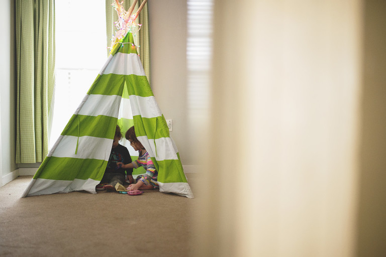 kids in teepee - family documentary photography