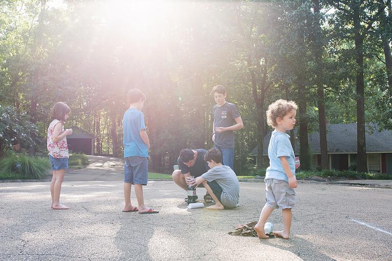 kids playing in drive - Documentary Family Photography