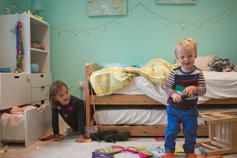 kids play in bedroom - Documentary Family Photography