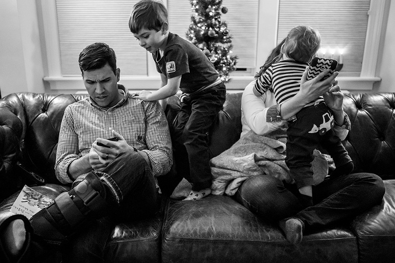 parents on devices covered in children