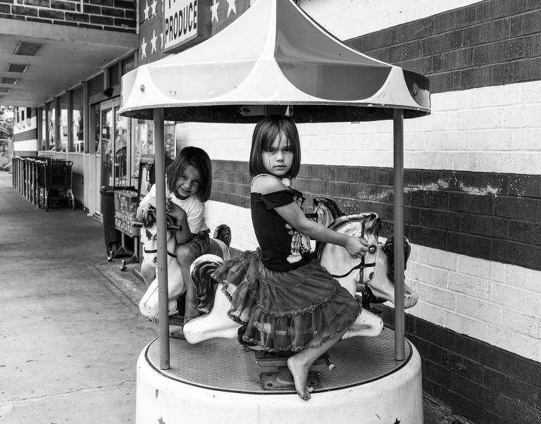 girls on quarter machine carousel