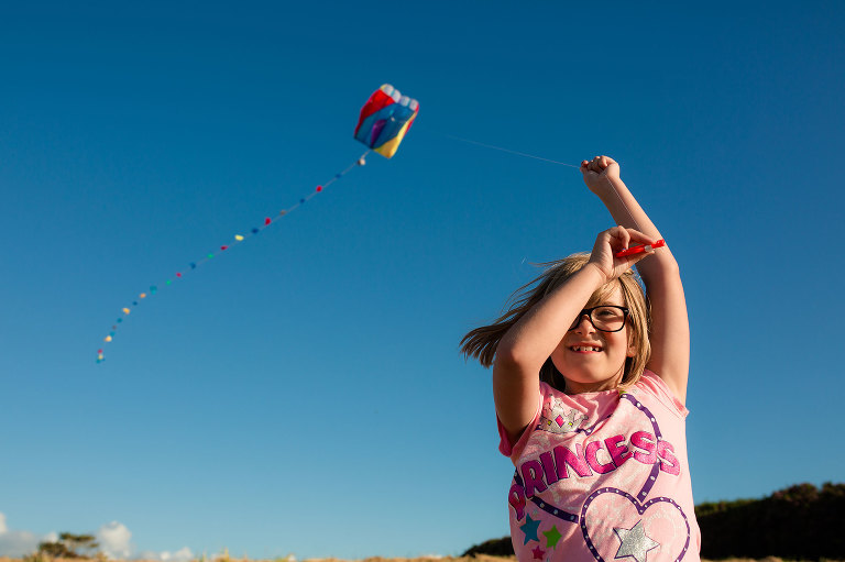 girl with kite - Documentary family photography