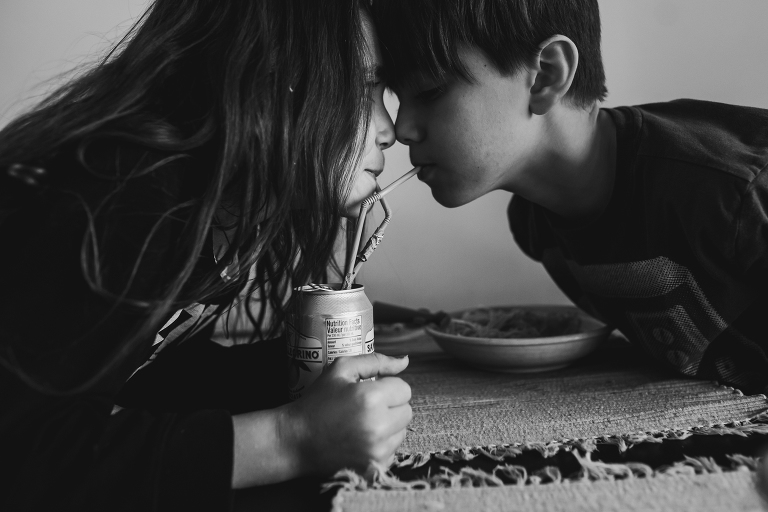 kids share soda - documentary family photography